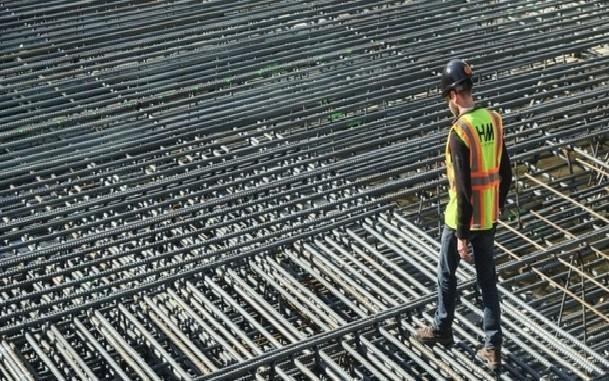 کم کردن آرماتورهای فولادی با استفاده از بتن الیافی