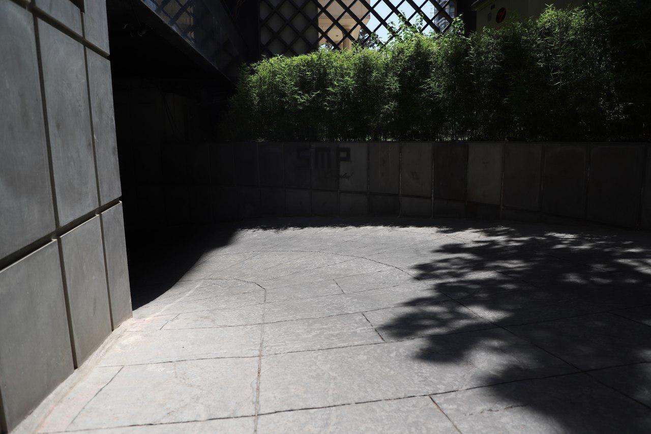 محوطه سازی در فضای سبز با بتن اکسپوز