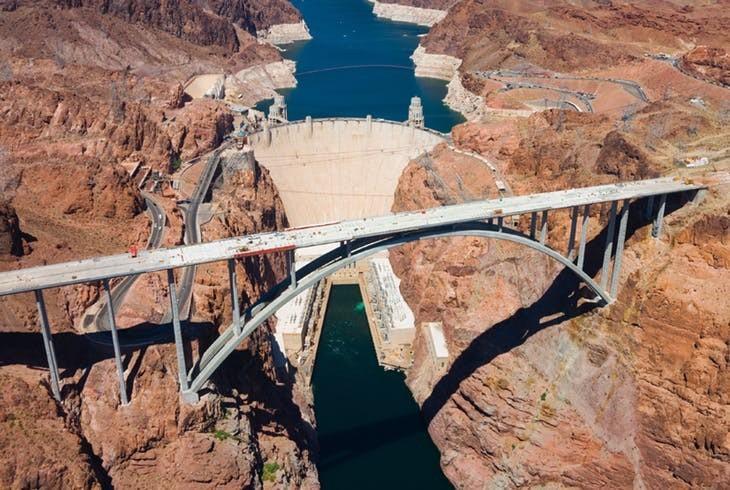 استفاده از بتن الیافی در عرشه پلها