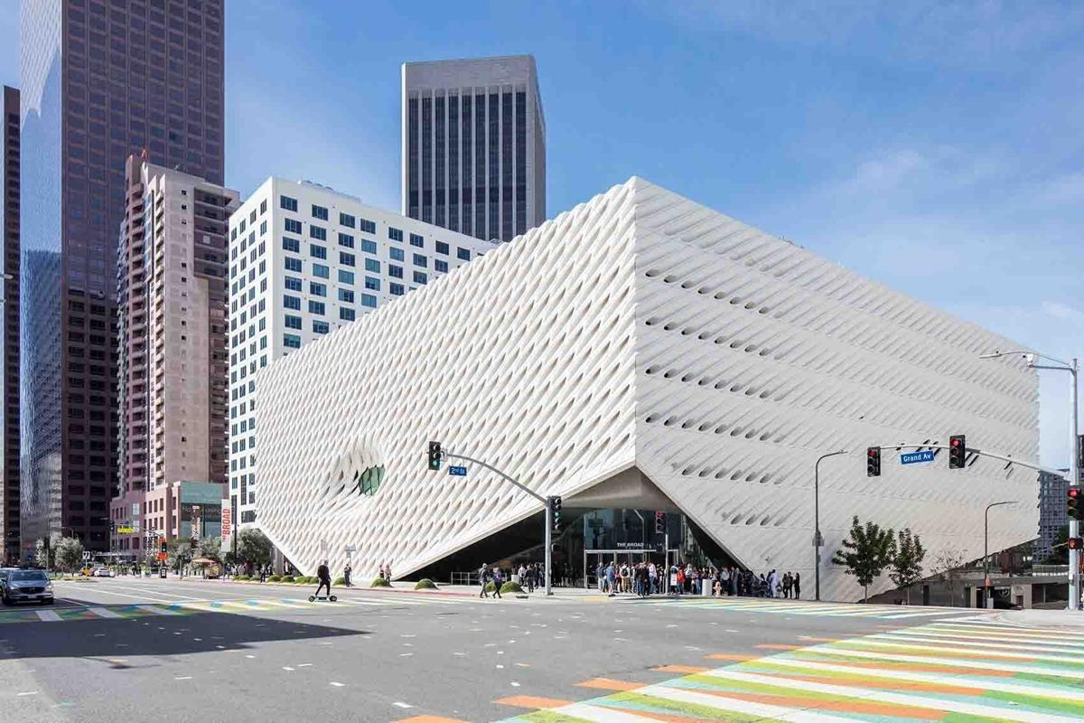 جی اف آر سی / جی آر سی در نمای موزه براد لس آنجلس