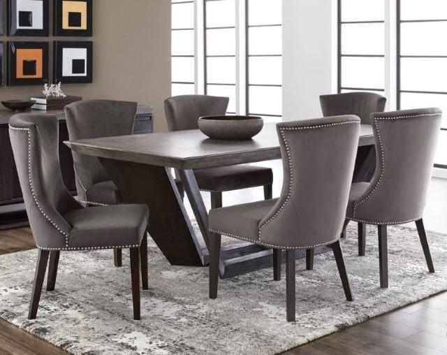 آیا مبلمان بتنی می تواند شامل میز پذیرایی باشد؟