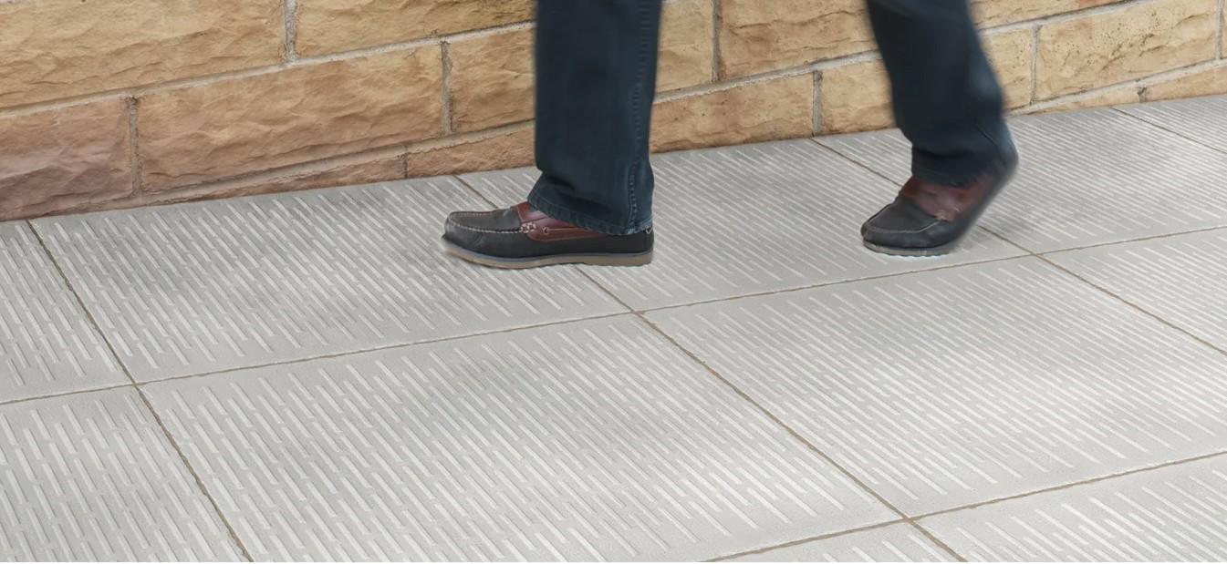 سنگفرش بتنی / سنگ فرش بتنی لمسی چیست؟