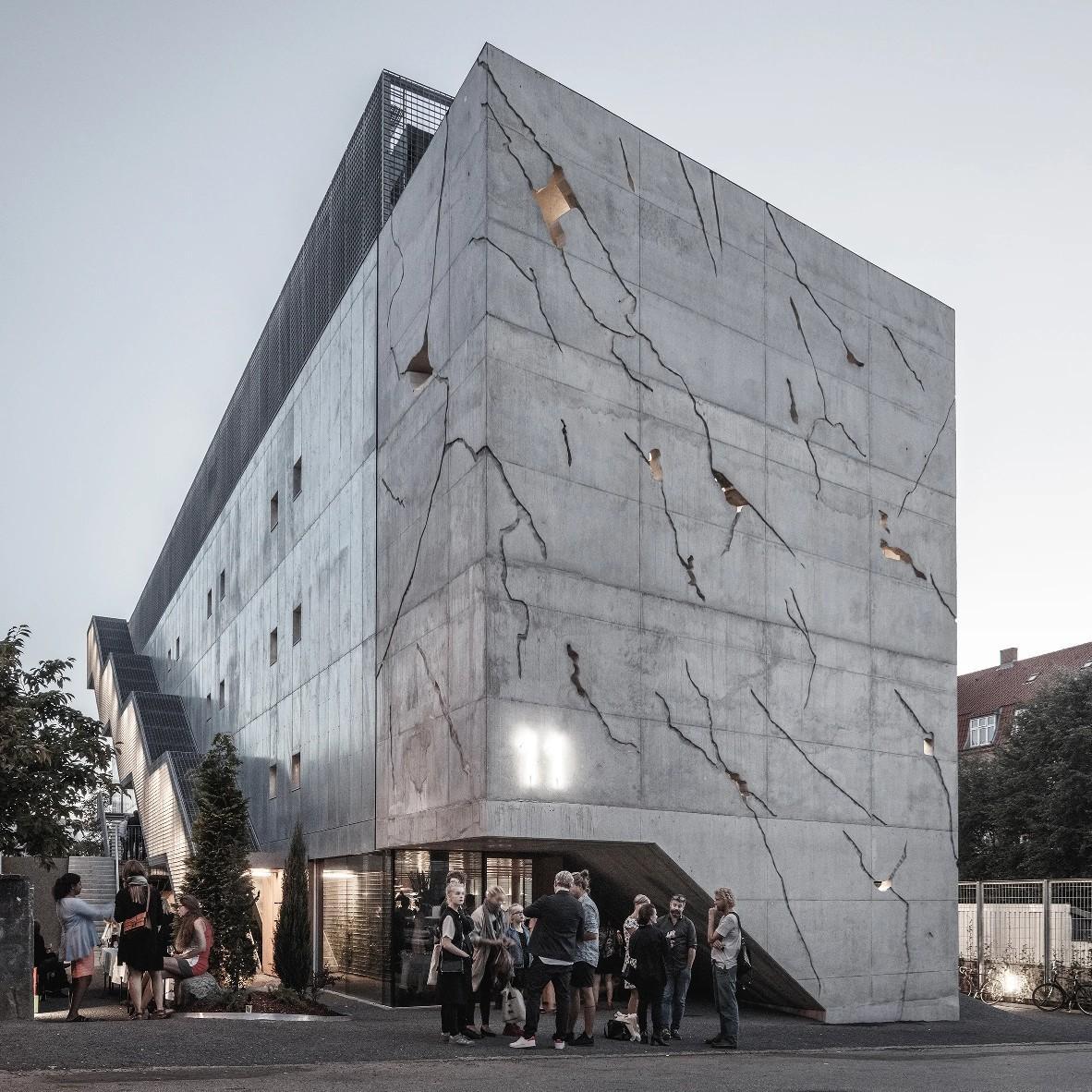 بتن اکسپوز جایگزین چه مصالحی در ساختمان می شود؟